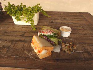 サンドイッチ2つ+モーニングセット
