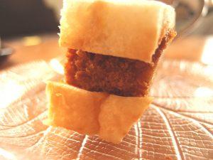 ヤオコーのおはぎとカツサンドがガチで美味い件