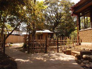 庭園の入り口