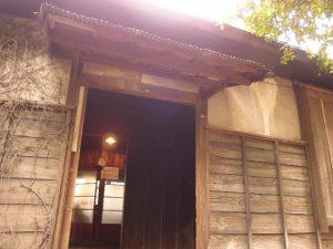 土間の入り口